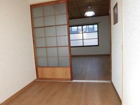 020 6号室完了 2階居室.JPG